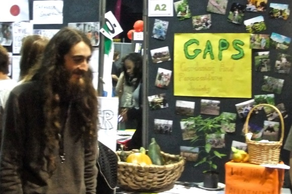 Permaculture guy, 22/9/11_low-res