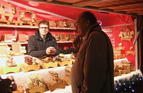 Boris at the Xmas market, 23/11/11