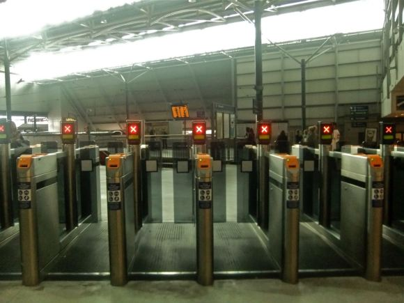 Ticket barriers, 25/8/12