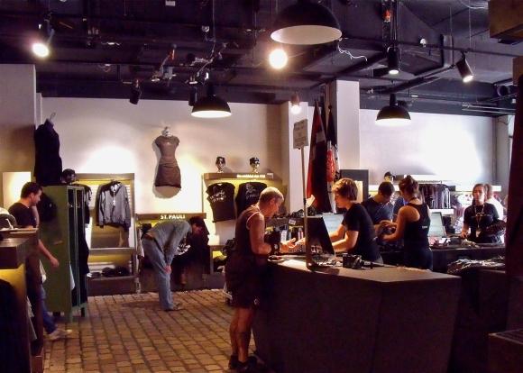St Pauli shop, 11/8/13
