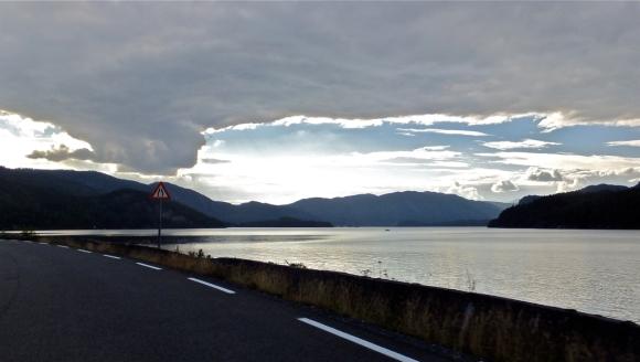 Road past Seljordsvatn, 30/8/13
