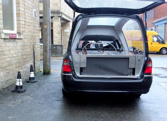 hearse_parking_3-1-14