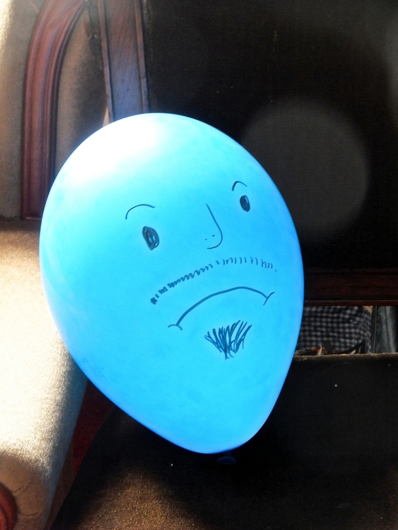 Oscar the balloon, 4/5/14