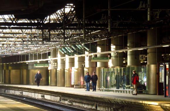 Platform 4, Victoria, 1/2/16