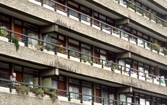 Barbican resident, 23/3/16