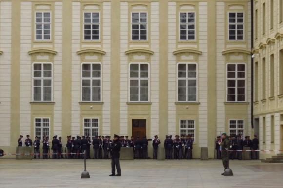 Prague castle guard, 11/10/16