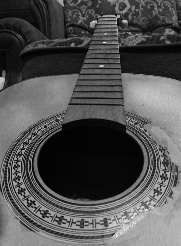 Dead guitar, 26/12/16