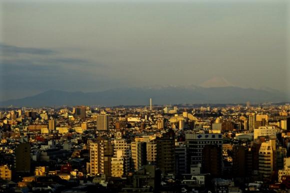 Tokyo sunrise, 25/3/17