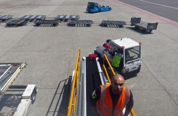 Baggage handlers, 4/6/17