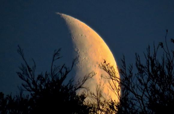 Moonset, 14/10/18