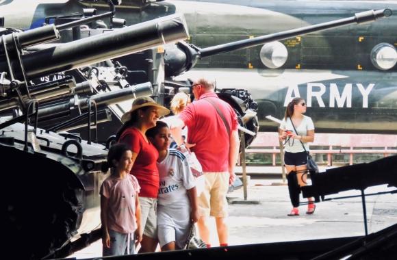 War tourism, 30/3/19