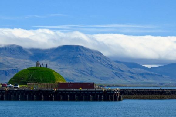 Esjan from Reykjavik, 5/7/19