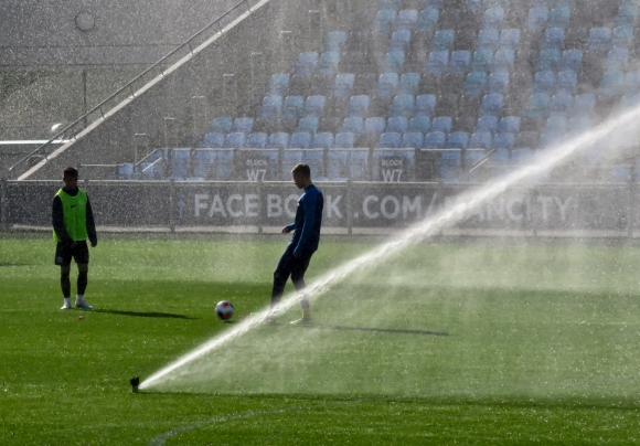 Half-time sprinklers, 19/10/19
