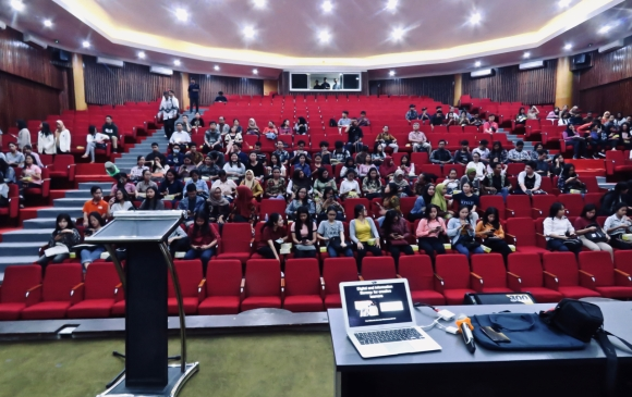 UKSW lecture theatre, 25/11/19