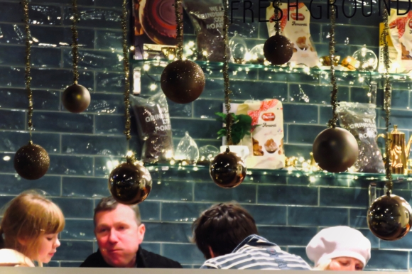 Cafe decorations, 22/12/19