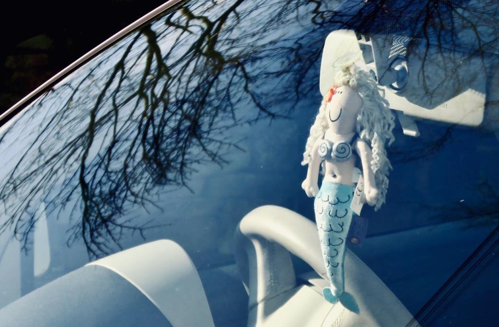 Mermaid in car, 15/2/21