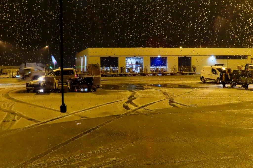 Snow at Keflavik, 17/10/21