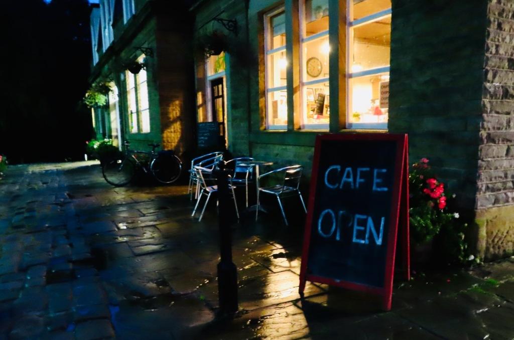 Station café, early, 5/10/21